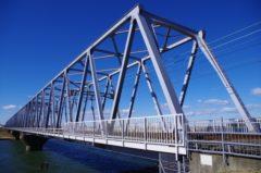 橋の寿命を延ばす塗り替え工事の重要性